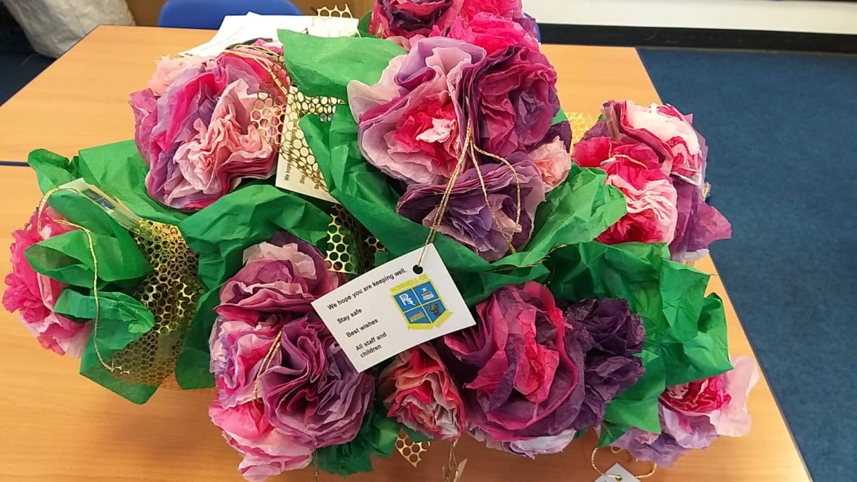 Roxwell School - We had time to send flowers to our neighbours. Lockdown. #caring
